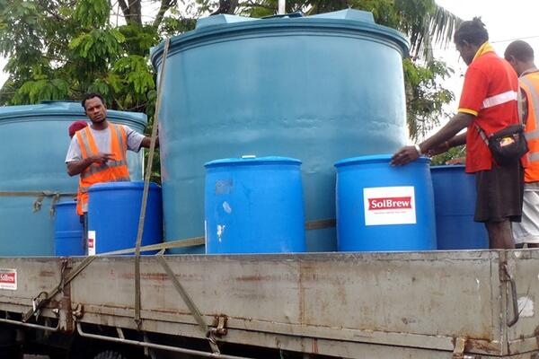 Solbrew, Tongs, Solomon Tobacco and Silent World have been delivering clean water from Solbrew filtration tanks to communities in need.