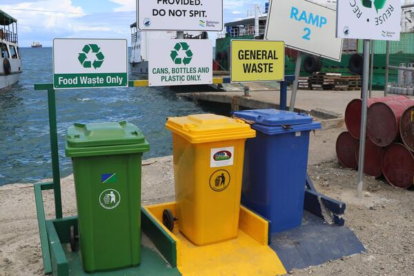 Waste management is an issue for Honiara, which is why Solomon Ports is taking the initiative to encourage members of the public in Honiara to practice proper waste disposal manners.