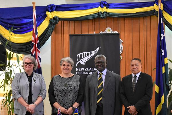 Acting Australian High Commissioner Sally-Anne Vincent, New Zealand High Commissioner Georgina Roberts, Prime Minister Manasseh Sogavare and Minister Peter Shanel Agovaka after the contract signing.