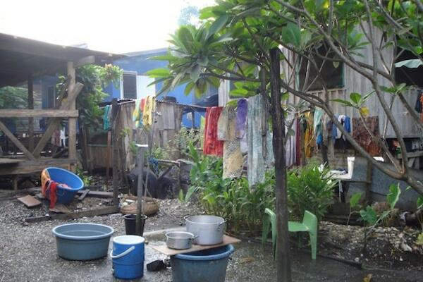 Households throughout Honiara experience shortages of clean water for cooking, drinking and washing on a daily basis.