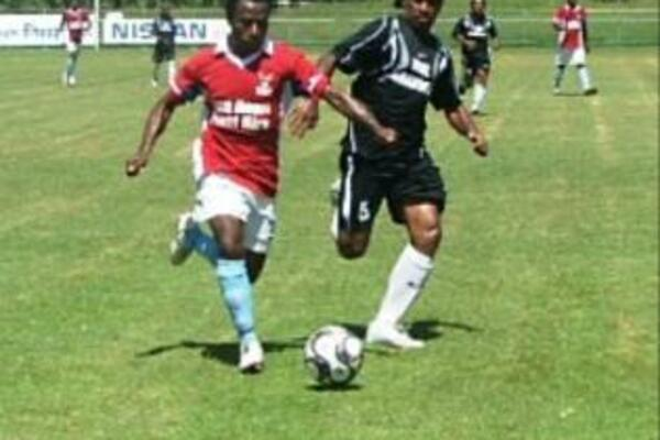 Veteran player Batram Suri controlling the game up front against a very determined Makira Ulawa side.
