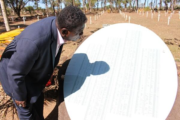 As part of the programme, the Prime Minister visited unmarked graves of Solomon Islanders and other Melanesian men, women and children who worked as slaves during the blackbirding days.