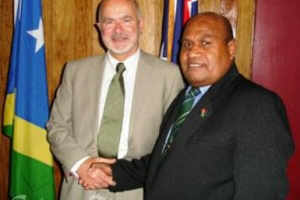 Australia's Parliamentary Secretary for Pacific Island Affairs, Hon Duncan Kerr SC with Solomon Islands Acting Prime Minister, Hon Fred Fono MP.
