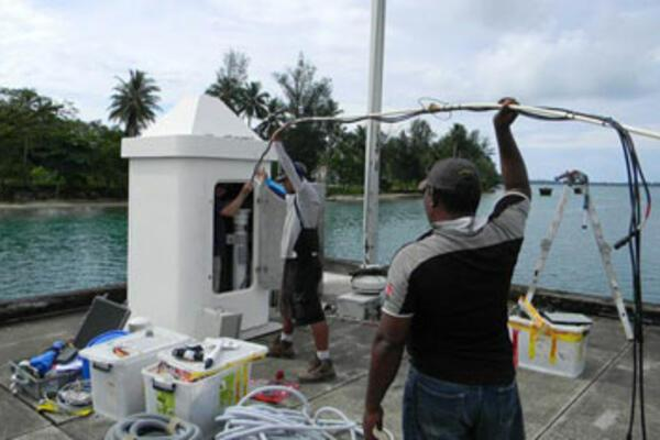 Experts Praise Pacific Sea Level Monitoring Project