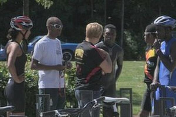 Triathletes from Papua New Guinea and the Solomon Islands have been training with Stirling Triathlon club.