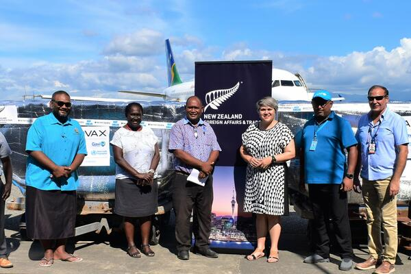 Receiving the vaccines batch at the airport were the Minister of Health Hon Dr. Culwick Togamana, his Permanent Secretary Mrs. Pauline McNeil, New Zealand High Commissioner Georgina Roberts, Chief of UNICEF Solomon Islands Field Office Dr Zelalem Taffesse, and other health officials.