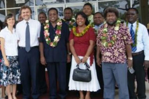 A report carried in the Solomon Star says Prime Minister Sikua announced the election date whilst on an official tour to Papua New Guinea.