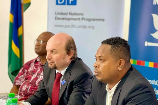 Dr. Derek Mane, the Deputy Secretary to the Prime Minister of Solomon Islands and Vardon Hoca, Project Manager for UNDP Solomon Islands during the virtual session on Right To Information.