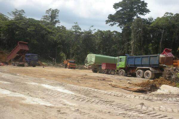 APID machines conducting its bauxite mining operation in Rennell.