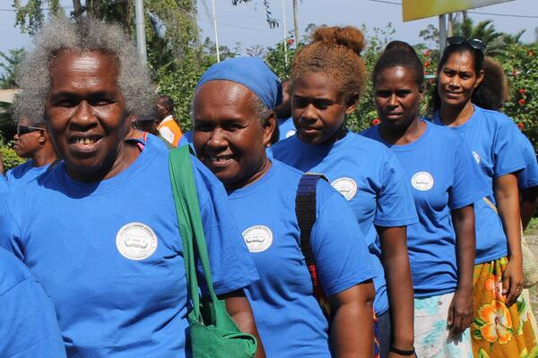 Iumi tugeda buildim Malaita - Auki Market Vendors' Association marching to celebrate International Day of Rural Women.