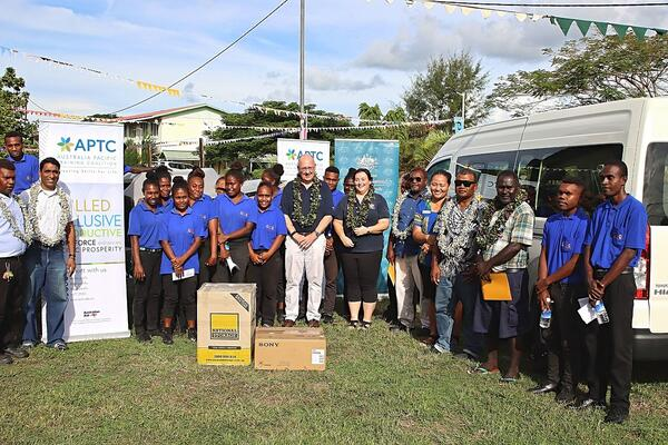 Australian High Commissioner to Solomon Islands, H.E Dr Lachlan Strahan, with national training providers and students at the handover ceremony.