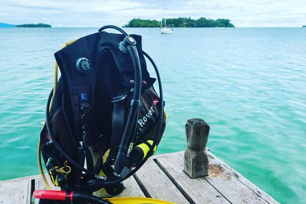 Dive Munda is an intimate and friendly operation with a customized approach to a client's diving needs led by an experienced Instructor Trainer.