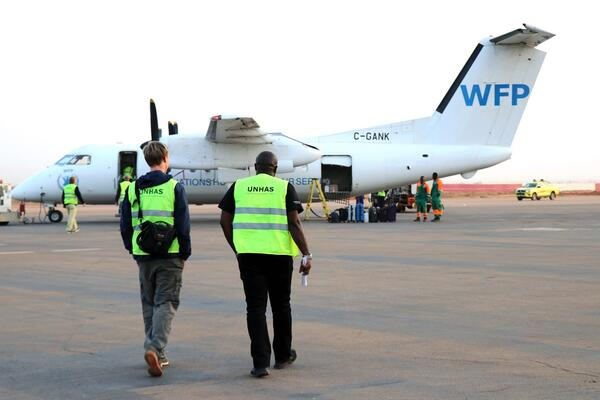WFP will soon kickstart humanitarian air services to deliver medical and humanitarian cargo to help governments, humanitarian organizations and health responders respond to the pandemic.