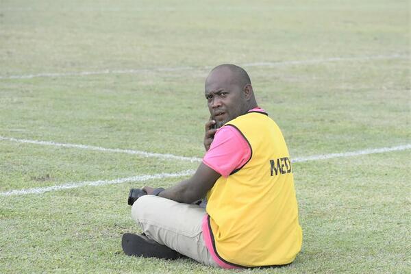 Carlos Aruafa covering a TSL match at Lawson Tama stadium.