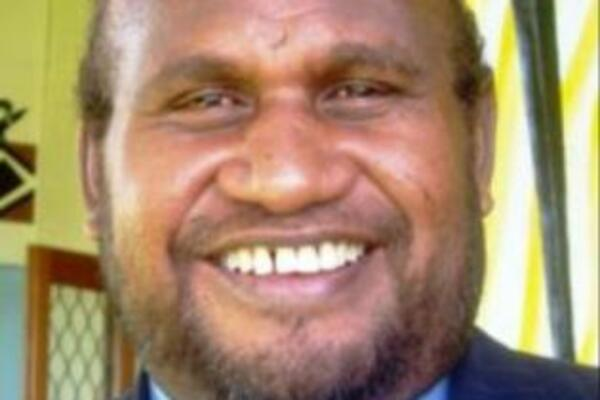 """Mr Fono warns Solomon Islanders not to be brainwashed by certain leaders who talk too much about new development strategies and approaches """"as if it will produce miracles for this nation."""""""