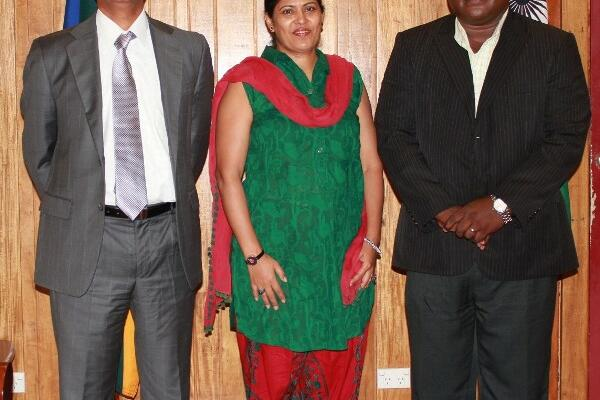 From L-R High Commissioner Dr. Ajay M. Gondane, Mrs Varsha Gondane and Deputy Prime Minister Manasseh Maelanga at the Prime Minister's Office.