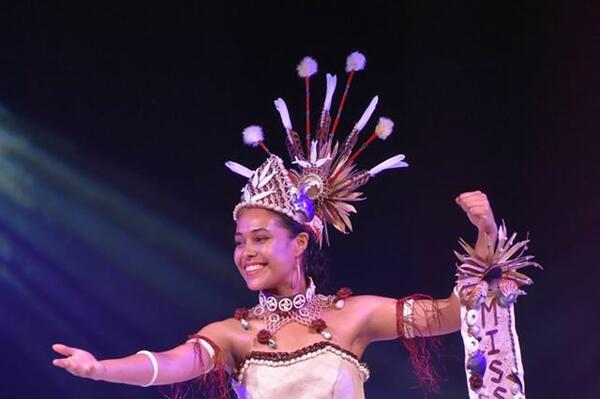 Miss Solomons Finishes Second