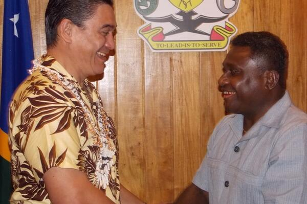 Vanuatu's Prime Minister, Mr Kalosil has congratulated the Government and people of Solomon Islands on the success of  RAMSI's 10th anniversary celebrations.